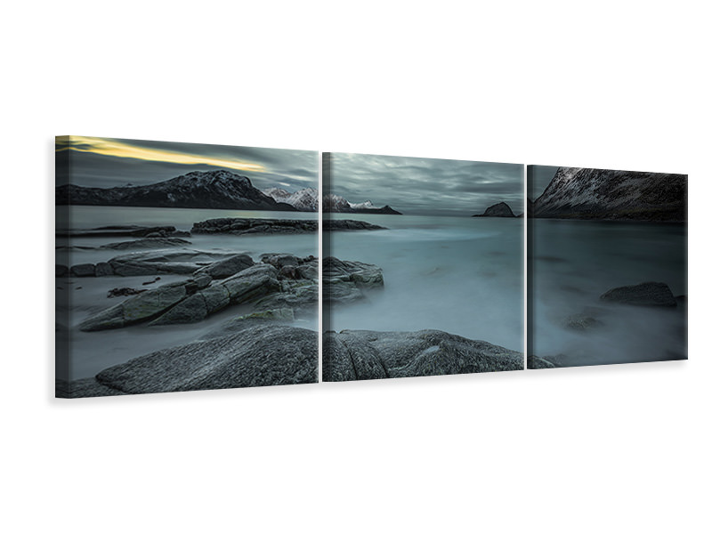 Panoramic 3 Piece Canvas Print A Look From The Past Or From The Future